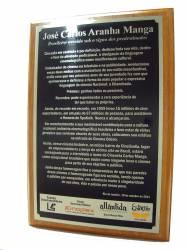 Placa Aço Inox em base de madeira